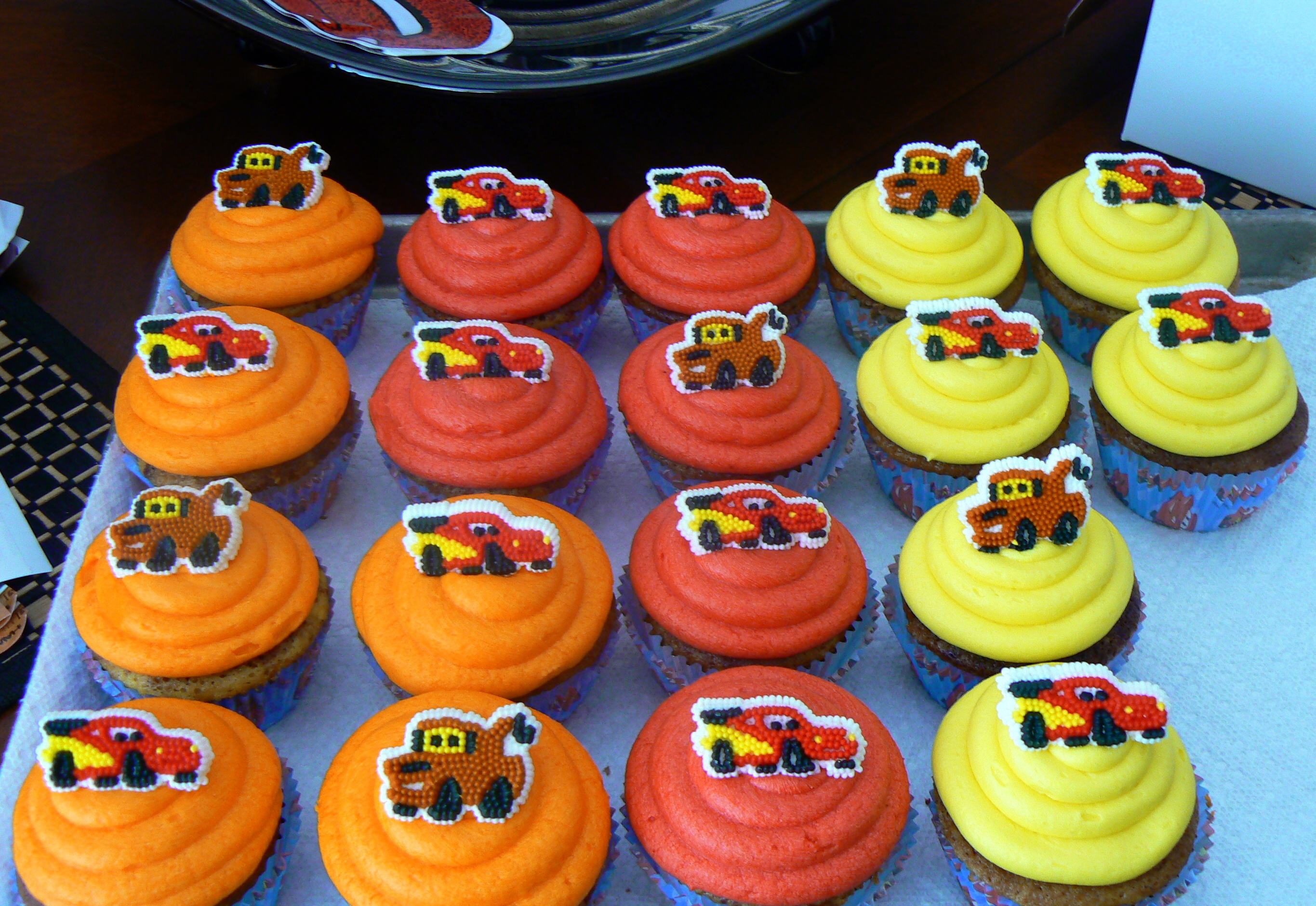 Lightning Mcqueen Cakes And Cupcakes